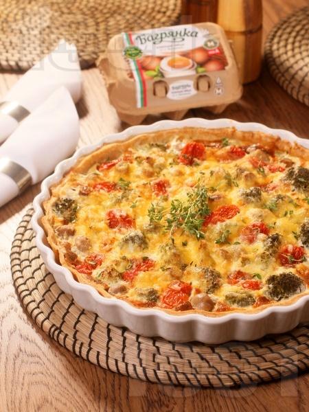 Зеленчуков киш с броколи, гъби, чери домати и яйца Багрянка  - снимка на рецептата